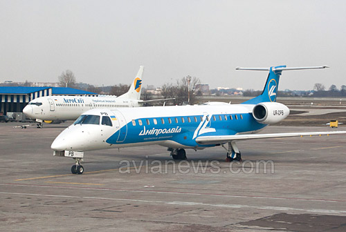 Авиакомпания Днеправиа на месяц перенесла открытие новых международных рейсов из Днепропетровска из-за ситуации в стране