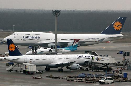 Забастовка пилотов авиакомпании Lufthansa из профсоюза Vereinigung Cockpit 30 сентября затронула выполнение дальнемагистральных рейсов из аэропорта Франкфурта и в обратном направлении