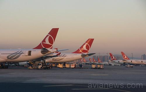 Стамбул вожидании снегопада: отменены 463 рейса