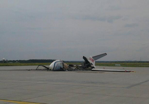Сгоревший корпоративный самолет як 40
