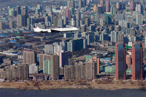Ил-62 Ким Чен Ына в небе над Пхеньяном