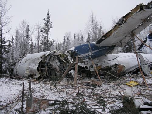 Кататсрофа ATR 42 West Wind Aviation после взлета из поселения Фонд-дю-Лак