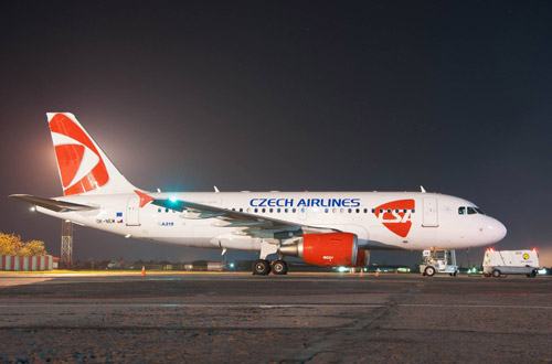Самолет Airbus A319 Czech Airlines в аэропорту Одесса