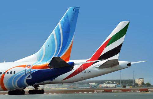 Самолеты Emirates и flydubai