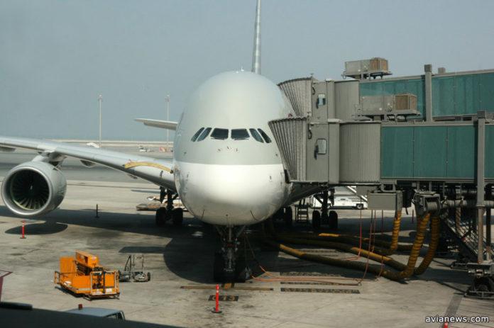 Airbus A380 в аэропорту Дохи