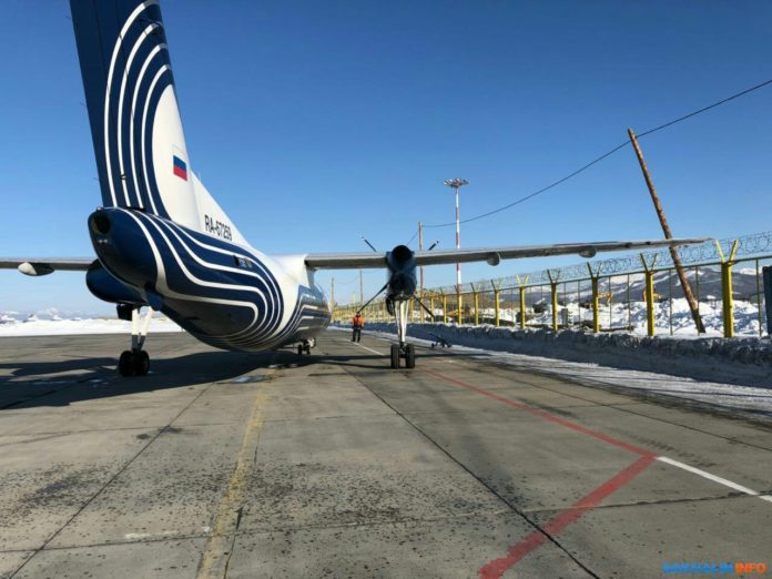 Самолет DHC-8-200 авиакомпании