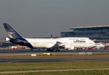 Boeing 747-8 Lufthansa в новой ливрее авиакомпании. Фото: Lufthansa