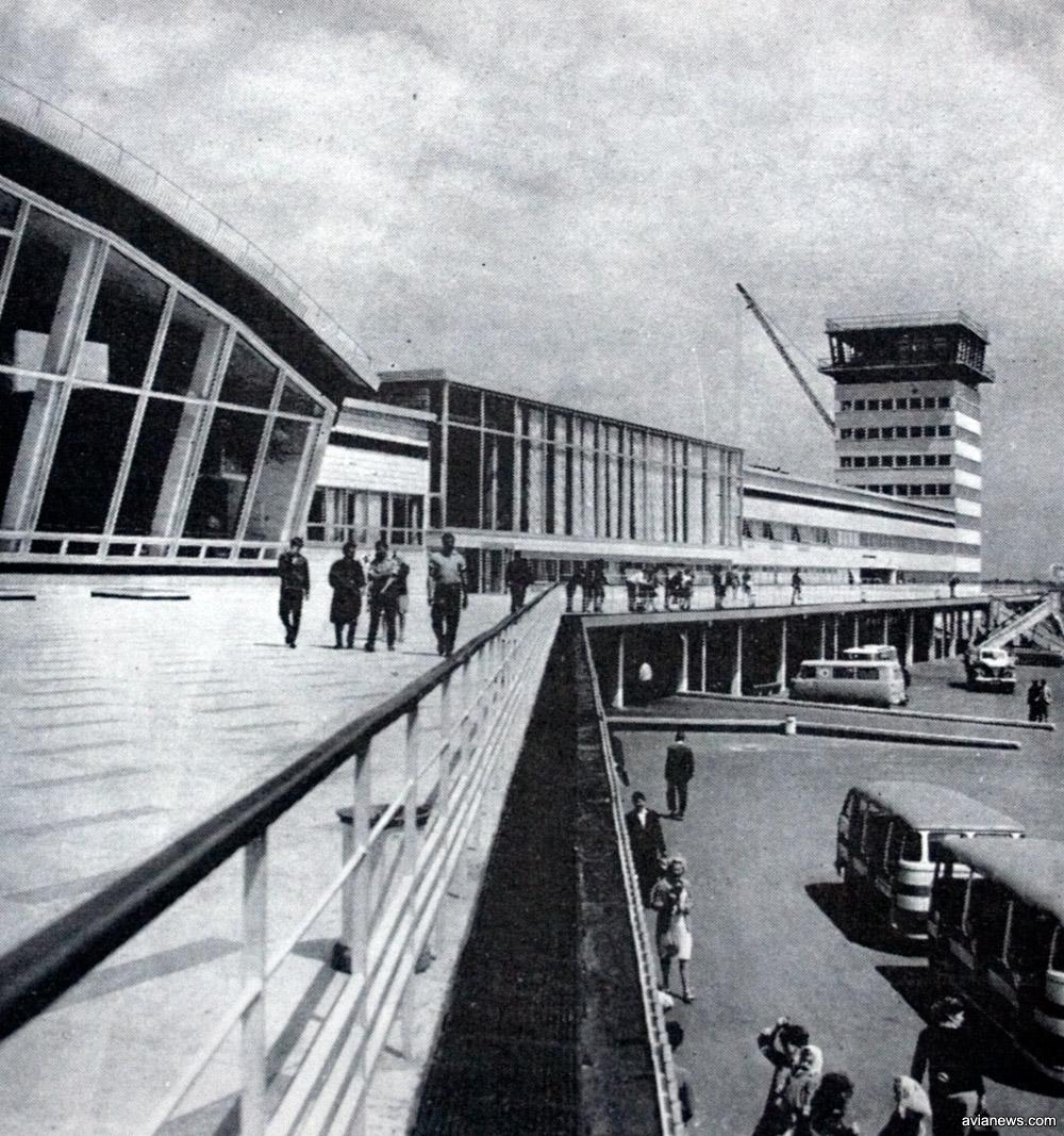 Обзорная площадка терминала Б