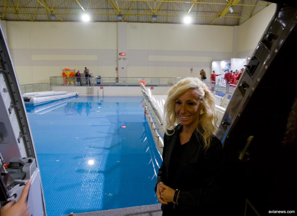 Бассейн для отработки действий экипажа в случае приземления на воду