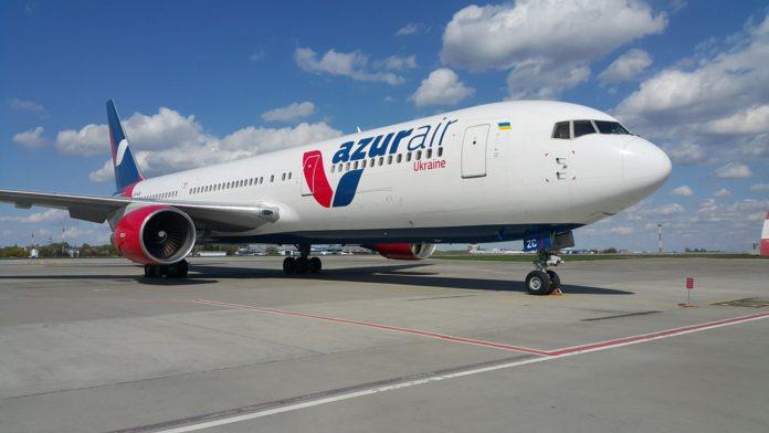 Boeing 767-300 Azur Air Ukraine UR-AZC