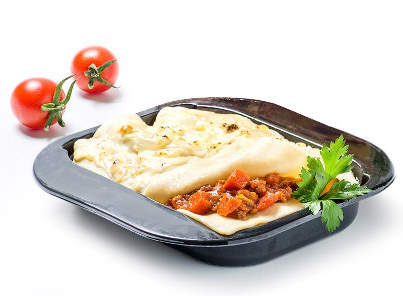Лазанья. новое горячее блюдо на борту МАУ