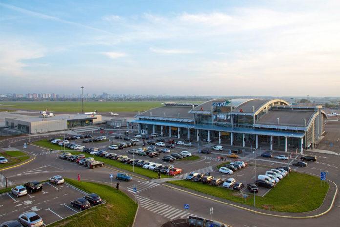 Терминалы в аэропорту Жуляны