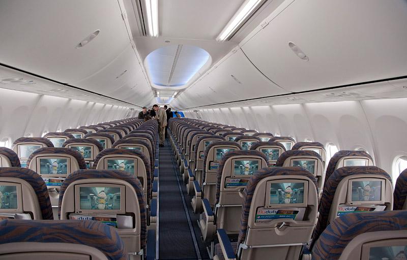 Самолет киев дубай рейс азур эйр в дубай