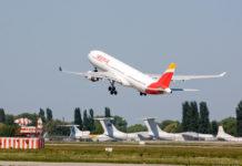 Взлет Airbus A330 Iberia