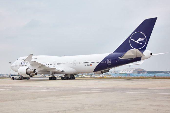 Обновленная новая ливрея Lufthansa: более светлый оттенок синего и увеличенный логотип на хвосте