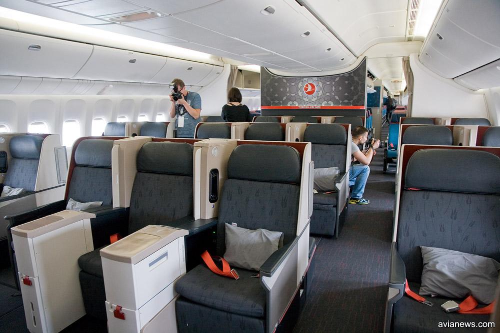 Бизнес-класс в Boeing 777-300 Turkish Airlines
