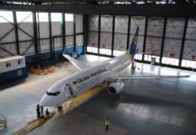 Boeing 737-800 UR-UID МАУ, прибывший с завода в аэропорт Борисполь 17 мая 2018 года