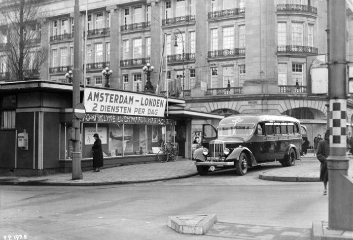 Офис KLM в 1930-е годы