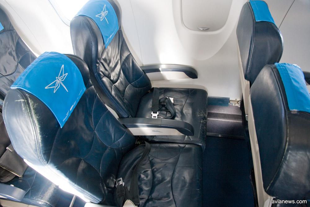 Шаг кресел в самолетах Nordica Bombardier CRJ 700/900