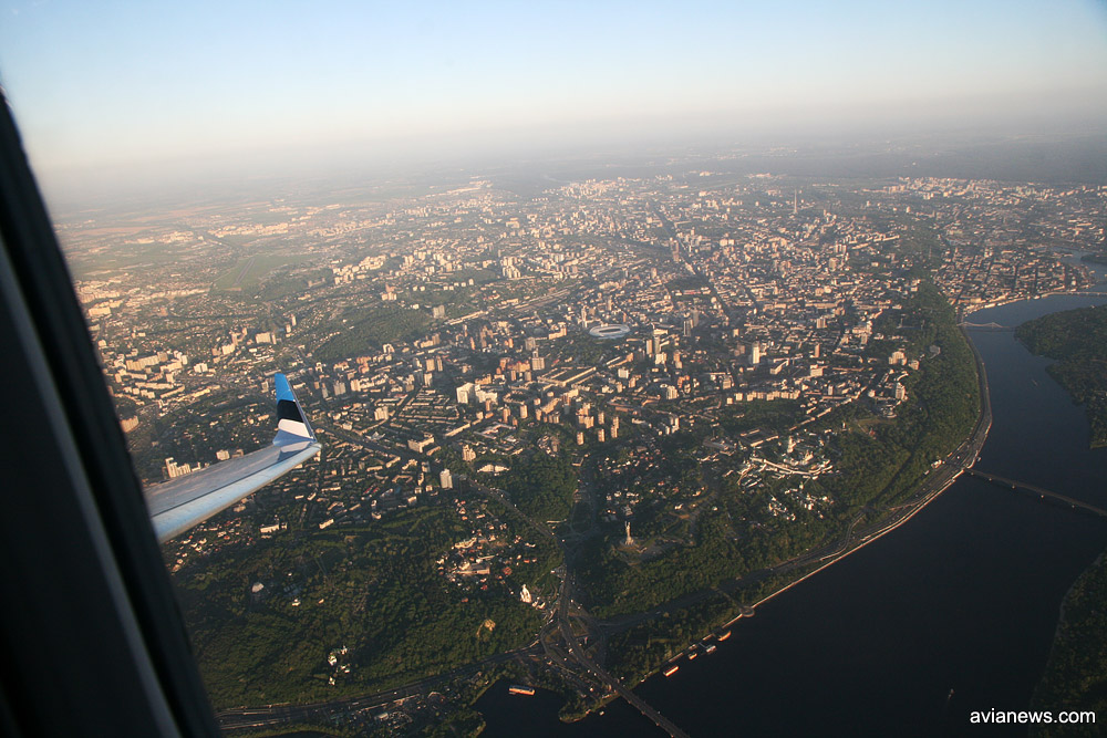 Вид на центральную часть Киева из самолета