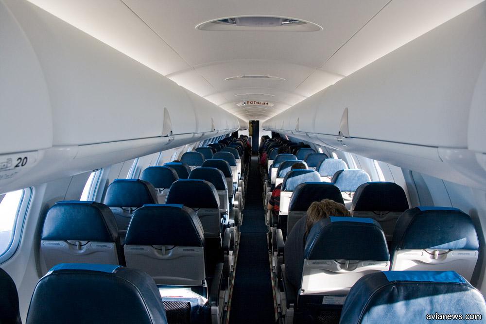 Салон самолета Bombardier CRJ 900 Nordica