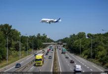 Первый полет самолета BelugaXL