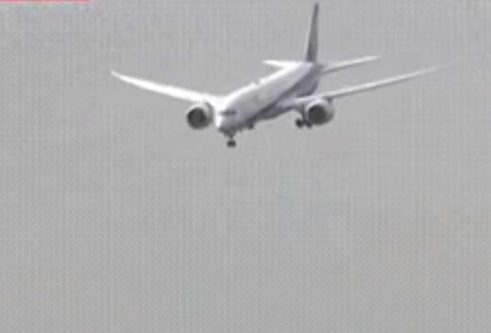 Boeing 787 All Nippon Airways, клюнувший носом из-за сдвига ветра