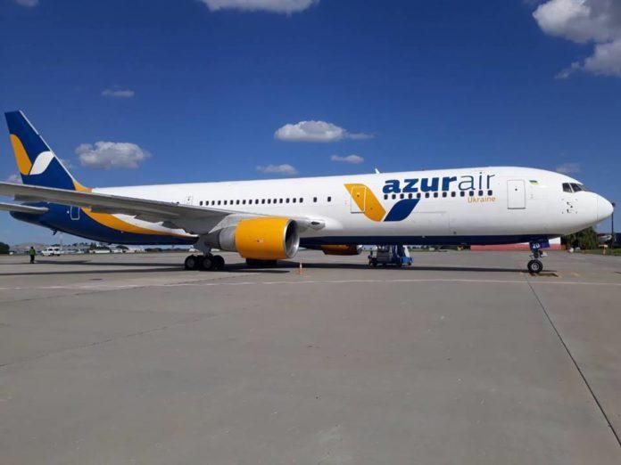 Boeing 767-300ER в ливрее Azur Air Ukraine
