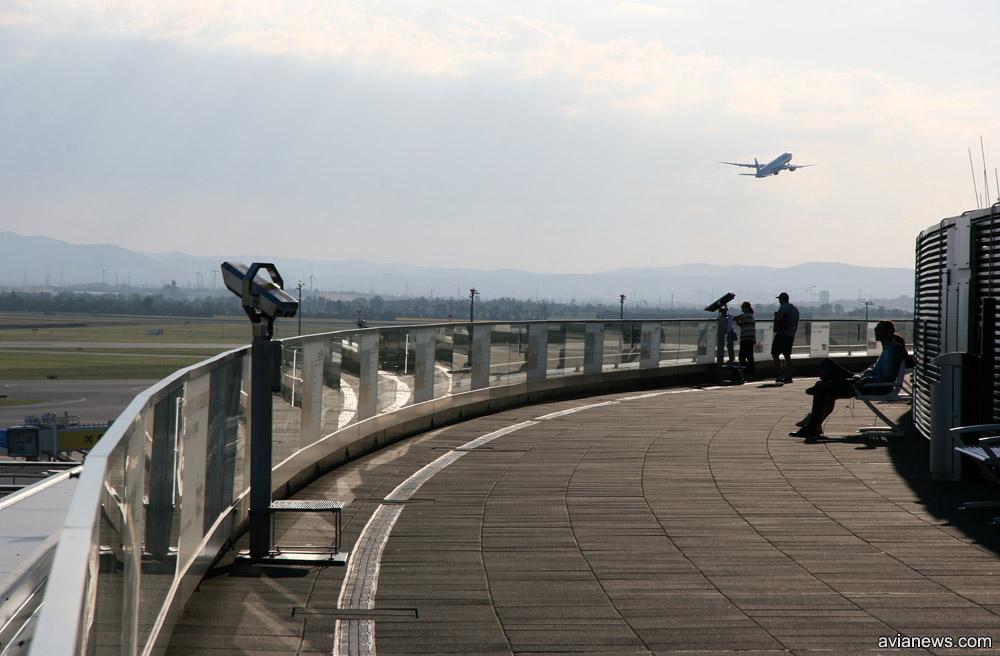 Обзорная площадка в аэропорту Вены