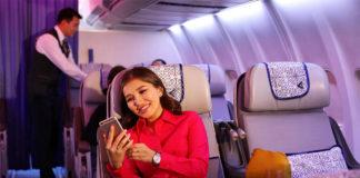 Пассажир на борту самолета Air Astana