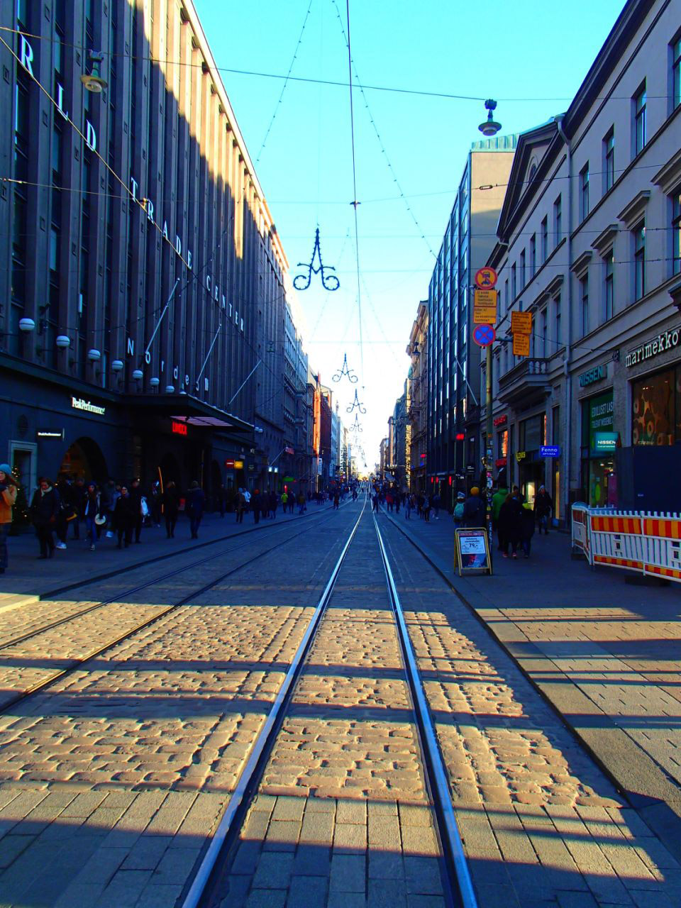 Улица Александерсгатан в Хельсинки