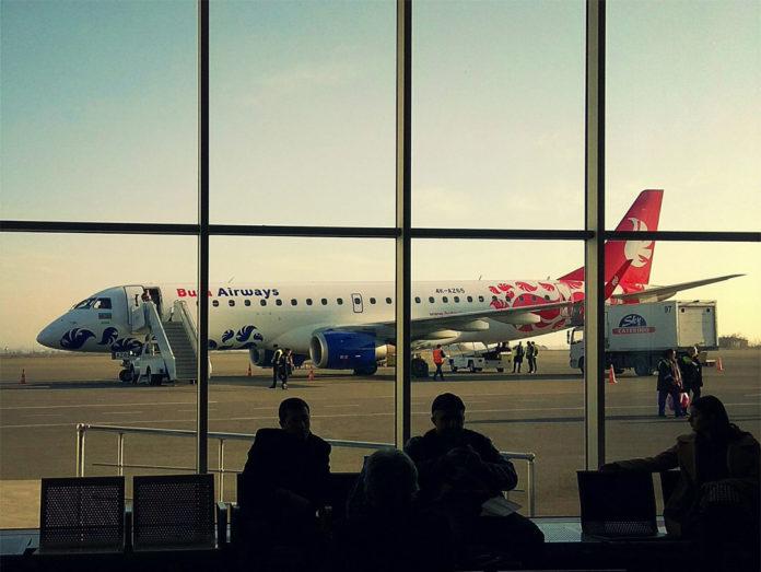 Embraer 190 лоу-коста Buta Airways