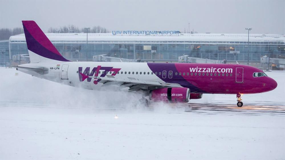 Самолет Airbus A320 лоу-коста Wizz Air