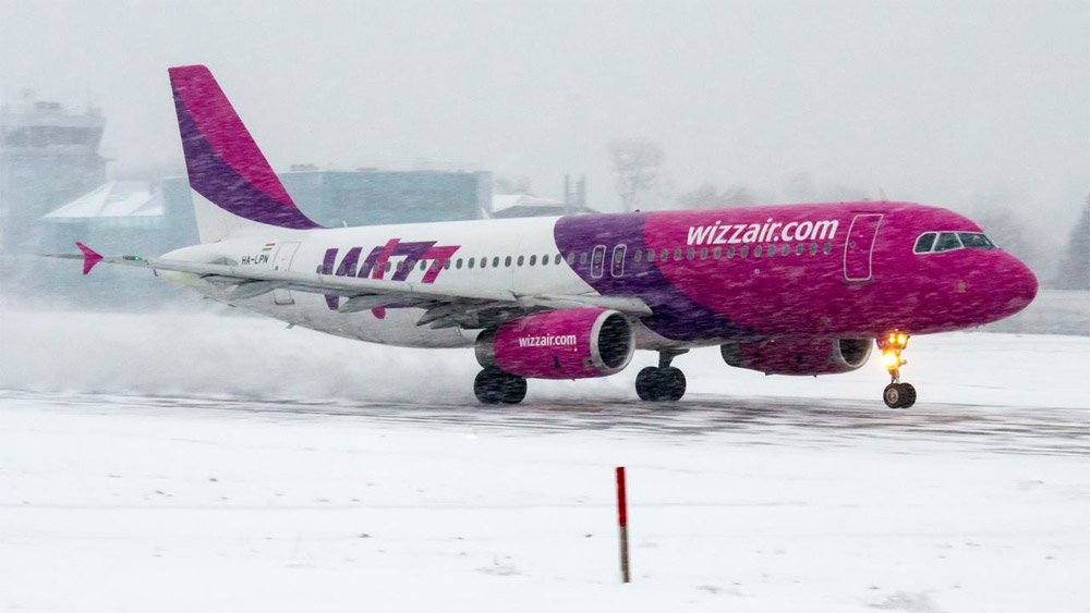 Самолет Airbus A320 Wizz Air