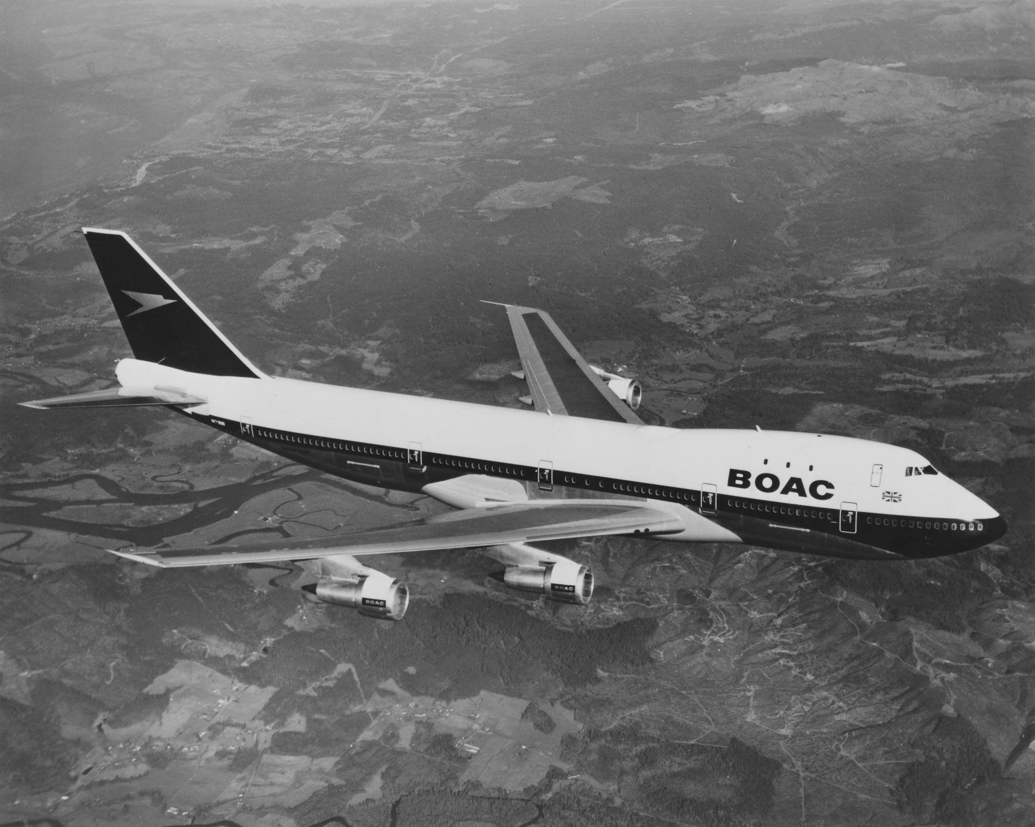 Boeing 747 в оригинальной ливрее BOAC. Фото из архива British Airways