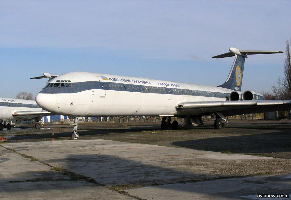 Ил-62 Авиалиний Украины в гибридной ливрее бывшего эксплуатанта - LOT