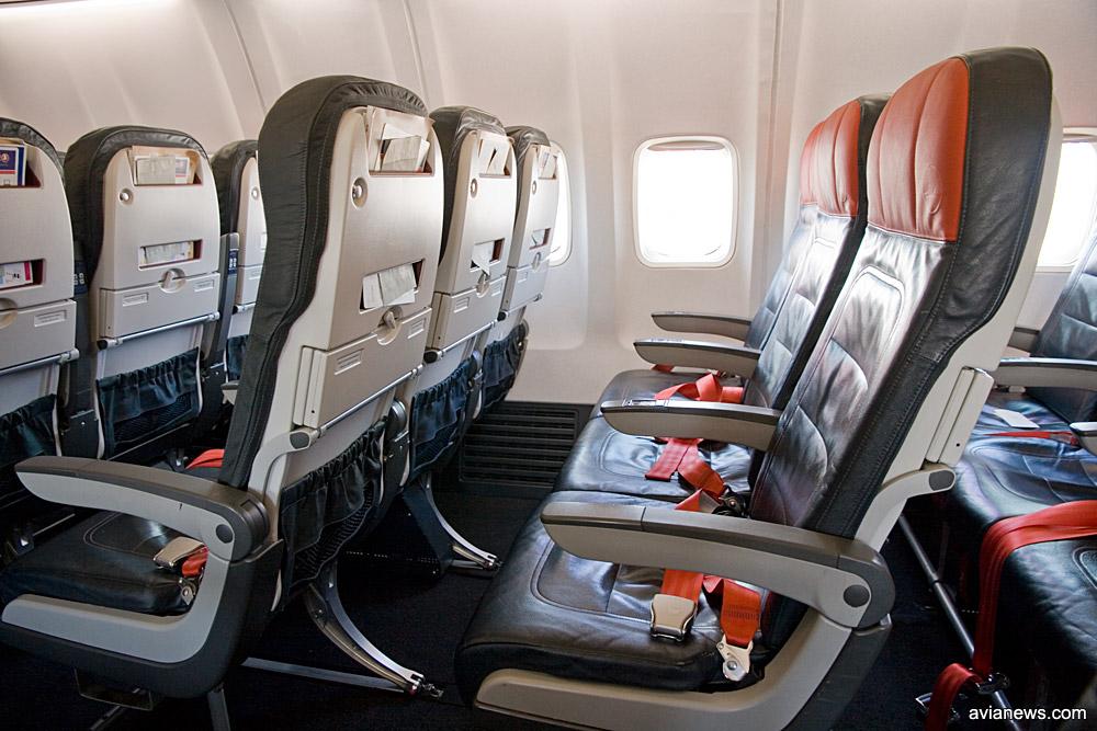 Кресла в салоне Boeing 737-800 Turkish Airlines в упрощенной компоновке