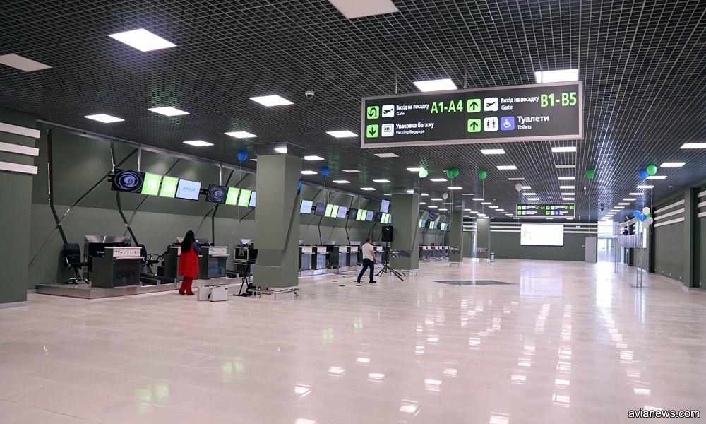 Новый зал регистрации в новом крыле терминала А в аэропорту Жуляны