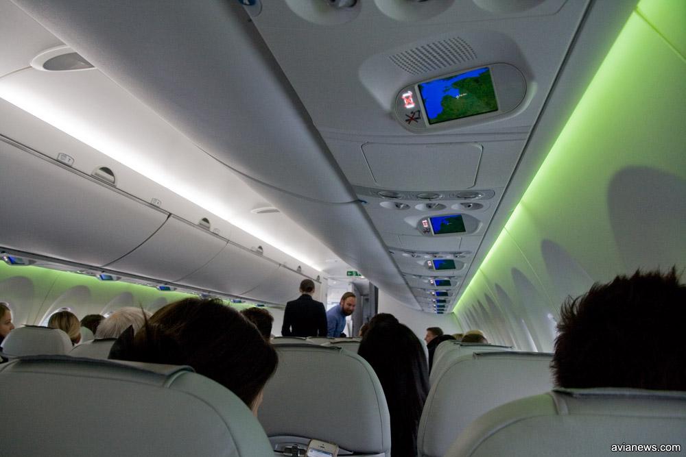 Салон A220-300 airBaltic