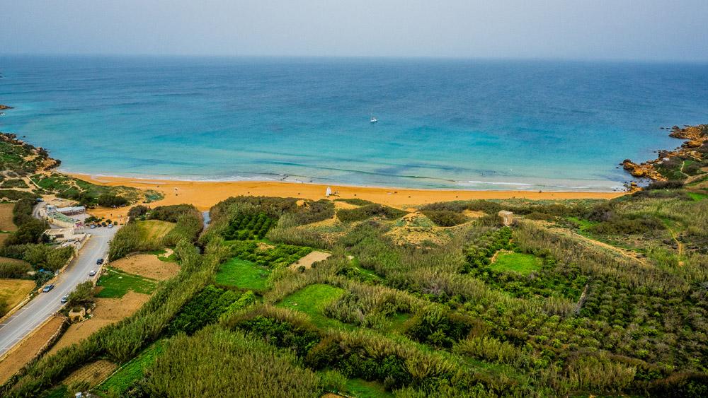 Пляж на острове Гозо