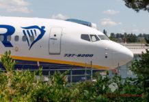 Boeing 737 MAX 200 Ryanair с обозначением модели 737-8200