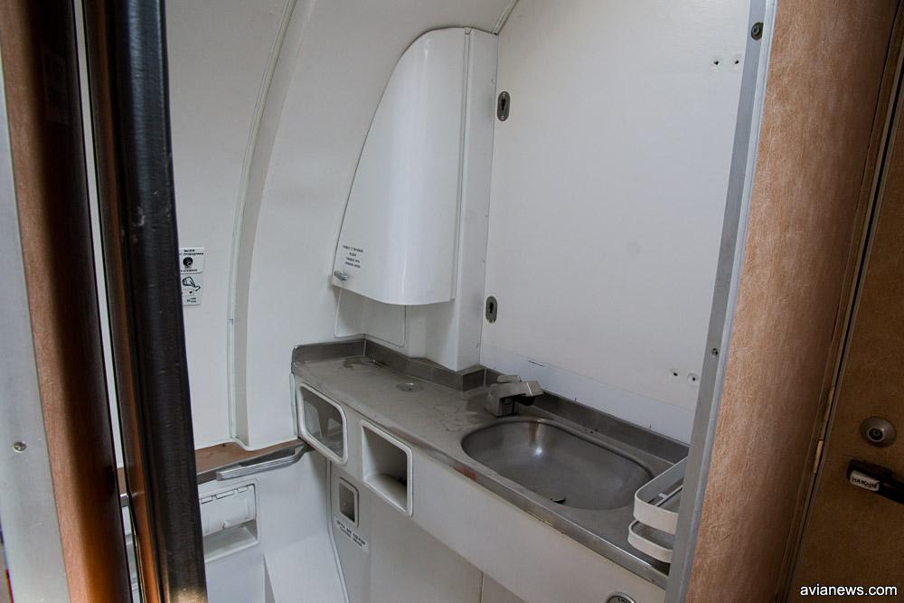 Туалет Ту-134 UR-65782