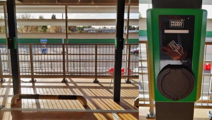 Зарядки для электроавтомобилей на многоуровневом паркинге в аэропорту Борисполь