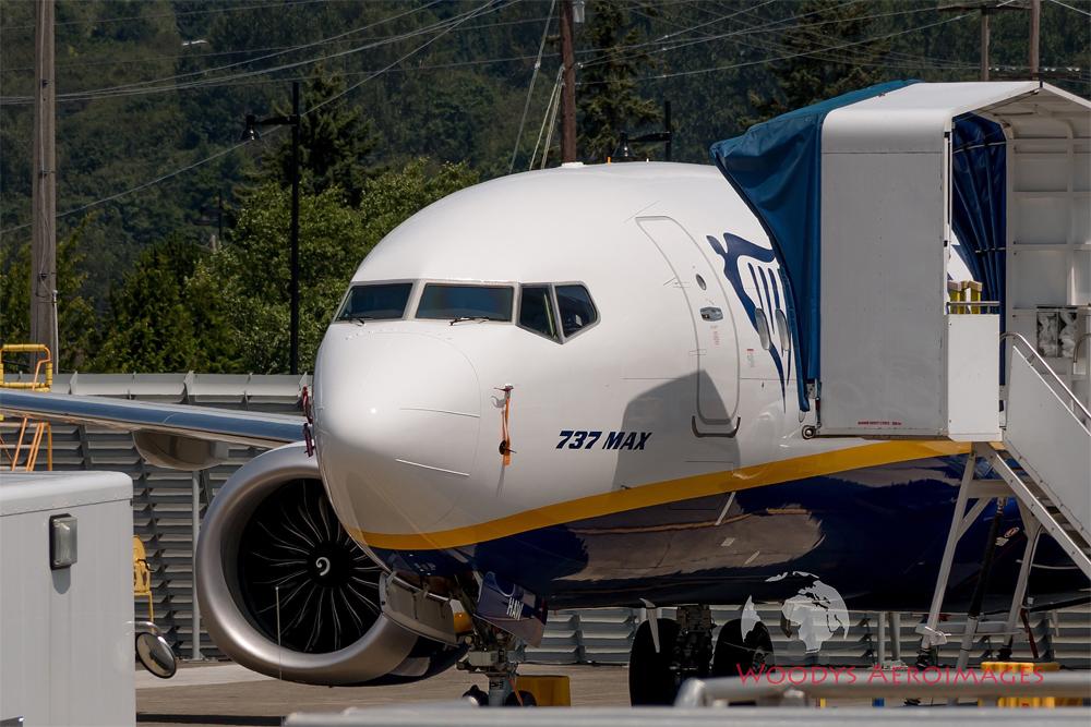 Boeing 737 MAX 200 Ryanair с обозначением 737 MAX