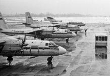 Ан-24 на перроне аэропорта Жуляны