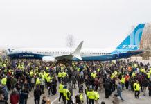 Первый экземпляр Boeing 737 MAX 10