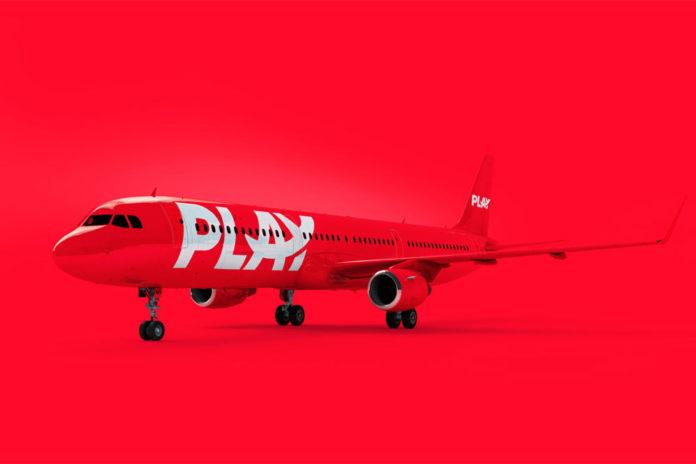 Airbus A321 в ливрее PLAY