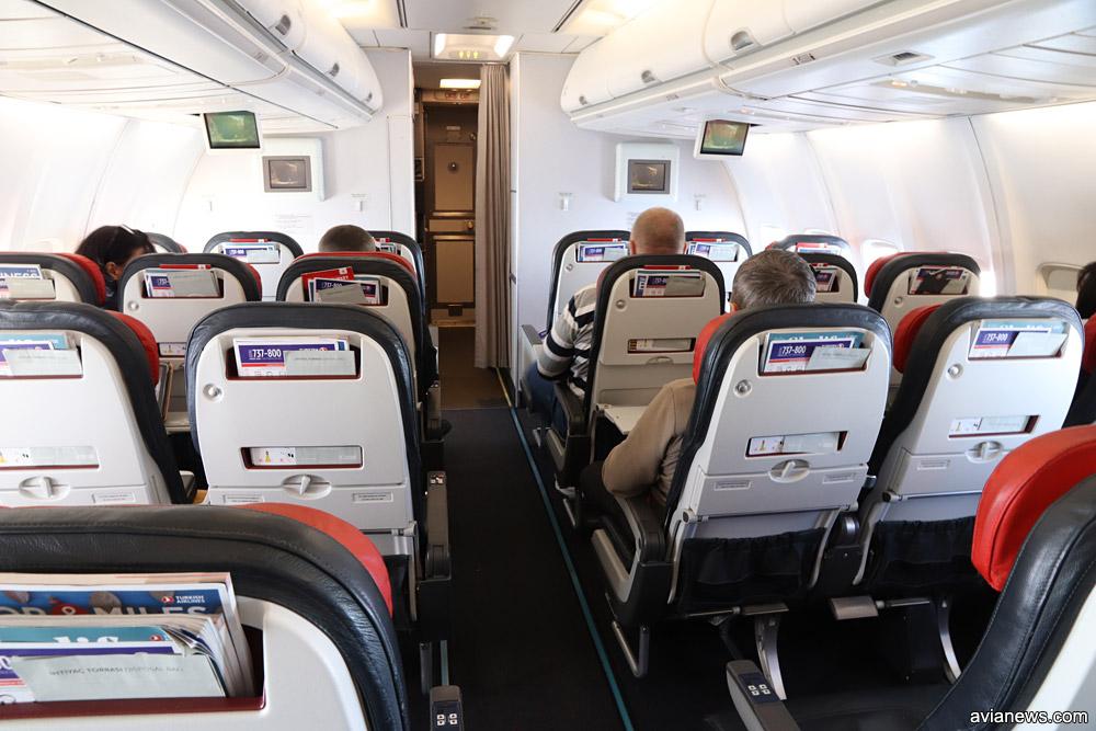 Кресла в узкофюзеляжных самолетах Turkish Airlines в одноклассной компоновке