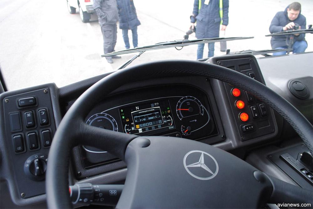 Кабина водителя в МАЗ 271