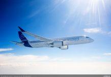 Airbus A220-300 в небе